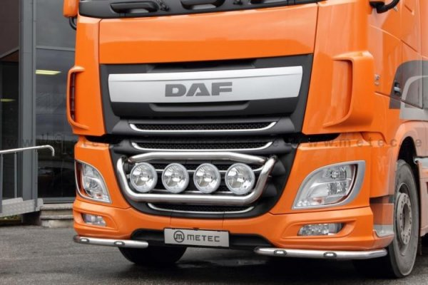 Bumper bracket DAF XF106
