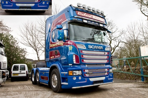 RVS Lobar Scania R type 2 (Lage Bumper) met Witte LED