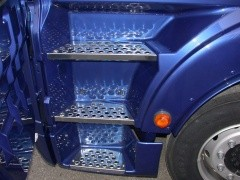 Stainless entrance stairs MAN TGX