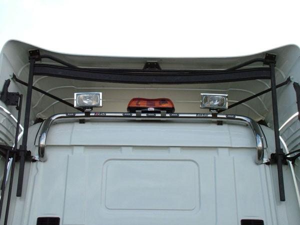 4 / R Series Sleep Cab Bakbar SS