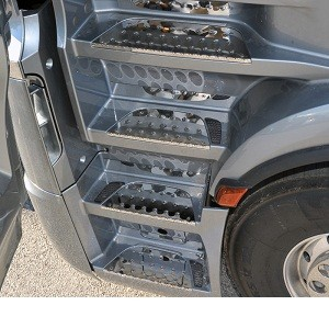 RVS opstaptreden MB Actros MP4