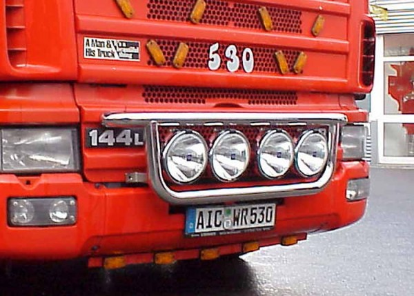 Metec Onderbeugel Scania 4