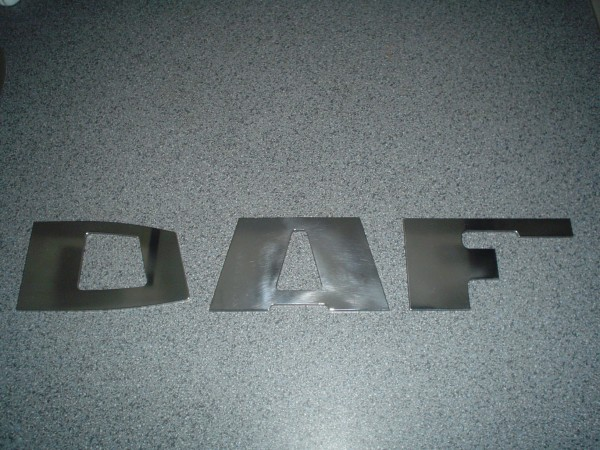 DAF letters staal